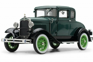 Ford Model A Coupe 1931 green 1:18 Sunstar