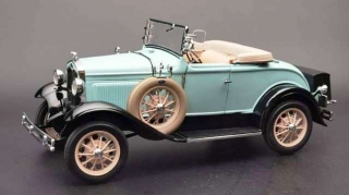 Ford Model A Roadster 1931 light blue 1:18 Sunstar