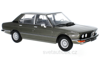 BMW 5er E12 1973 dark anthracite metallic 1:18 MCG Modelcar Group
