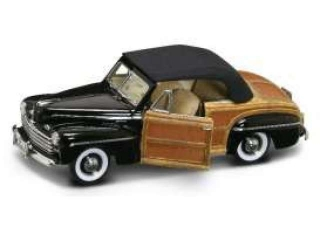 Ford Sportsman Convertible 1946 black 1:18 Lucky Diecast