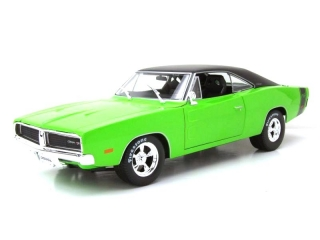 Dodge Charger R/T 1969 green 1:18 Maisto