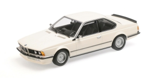 BMW 635 CSI 1982 white 1:18 Minichamps