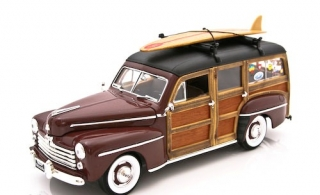 Ford Woody 1948 *Signature Series* burgundy 1:18 Lucky Diecast