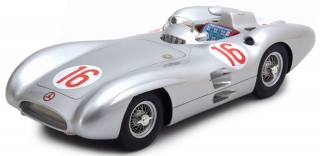 Mercedes-Benz W196 Stromlinie #16 J. M. Fangio World Champion F1 1954 1:18 CMR