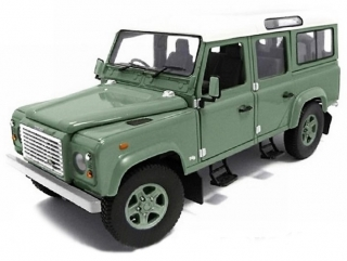 Land Rover Defender TD 5 110 Station Wagon pastel green 1:18 Universal Hobbies