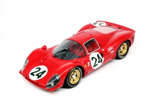 Ferrari 330 P4 n856 Sefac #24 Scarfiotti/Parkes 2nd 24H Daytona 1967 real leather seats 1:12 GP Replicas