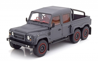 Land Rover Defender Flying Huntsman 6x6 RHD 2015 1:18 CMF