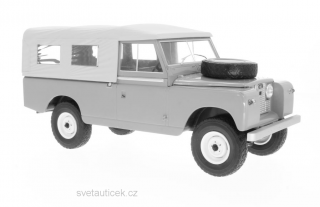 Land Rover 109 Pick Up RHD 1959 dark green 1:18 MCG Modelcar Group