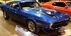 Shelby Mustang Fastback 50th Anniversary 1969 Acapulco blue 1:18 Auto World
