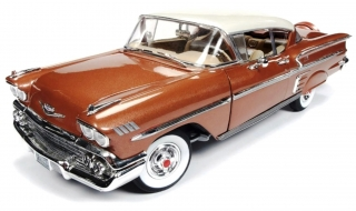 Chevrolet Bell Air Impala 1958 sierra gold metallic 1:18 Auto World