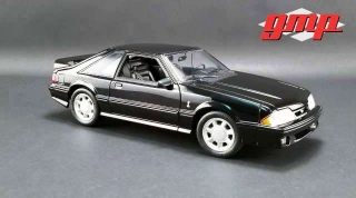 Ford Mustang Cobra 1993 black/black interior 1:18 G.M.P