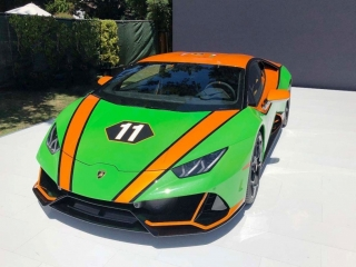 Lamborghini Huracan EVO GT Celebration green 1:18 Look Smart Models