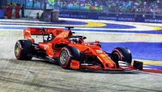 Ferrari SF90 #5 S.Vettel Winner Singapore GP 2019 1:18 Look Smart