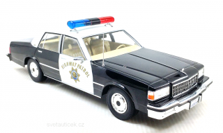 Chevrolet Caprice California Highway Patrol 1:18 MCG Modelcar Group