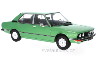BMW 5er E12 1973 light green metallic 1:18 MCG Modelcar Group