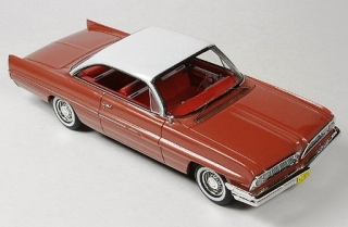 Pontiac Catalina 1961 rose metallic 1:43 Goldvarg Collection