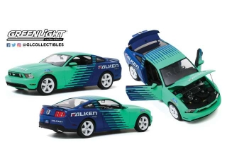 Ford Mustang GT Falken Tires 2010 1:18 Greenlight