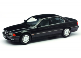 BMW 7-Series 740i E38 1994 black metallic 1:18 KK Scale