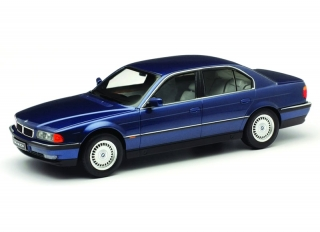 BMW 7-Series 740i E38 1994 blue metallic 1:18 KK Scale