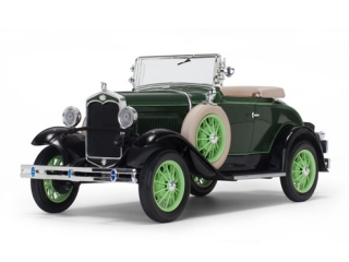 Ford Model A Roadster 1931 green/black 1:18 Sun Star