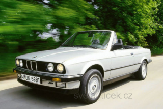 BMW 3rd (E30) Convertible 1985 silver 1:18 MCG Modelcar Group
