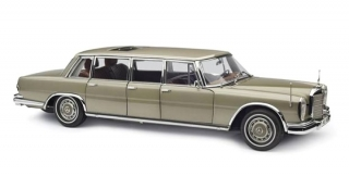 Mercedes-Benz 600 Pullman Limousine W100 6-Door with Sunroof 1968 champagne/gold 1:18 CMC
