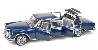 Mercedes-Benz 600 Pullman Landaulet W100 6-door with Functional Softtop 1968 blue 1:18 CMC
