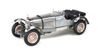 Mercedes-Benz SSK Clear Finish with Showcase 1929 silver 1:18 CMC