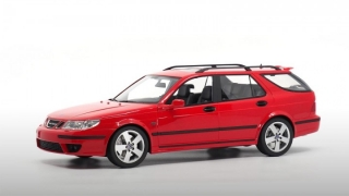 Saab 9-5 Sportcombi 2005 lazer red 1:18 DNA Collectibles