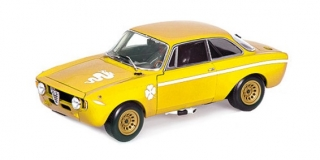 Alfa Romeo GTA 1300 Junior 1971 yellow 1:18 Minichamps